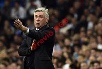 El entrenador italiano Carlo Ancelotti durante el partido. (Foto Prensa Libre: AFP)