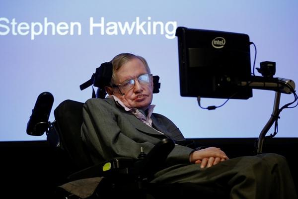 <p><strong>Stephen Hawking, físico británico (Foto Prensa Libre: AP).</strong></p>