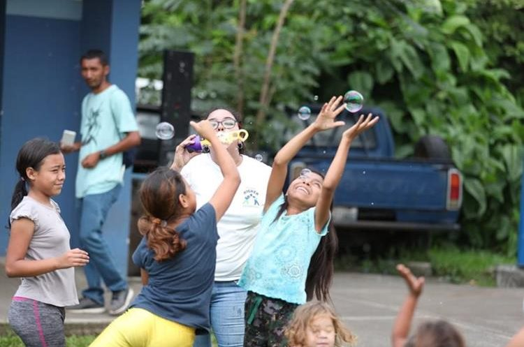 Las actividades pretenden que los niños se distraigan y se diviertan (Foto Prensa Libre: Pablo Juárez).