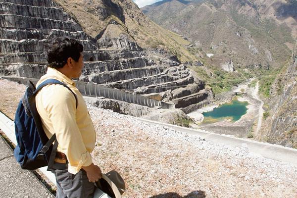 El plan de reparaciones para las familias afectadas por la construcción de la hidroeléctrica Chixoy también fue producto de la creciente presión de EE. UU.