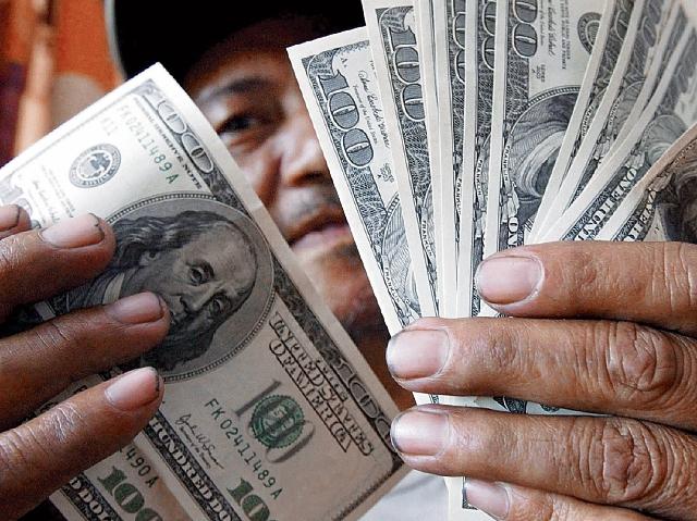 El tipo de cambio podría tener una leve recuperación en las siguientes semanas como efecto estacional. (Foto Prensa Libre: Hemeroteca)