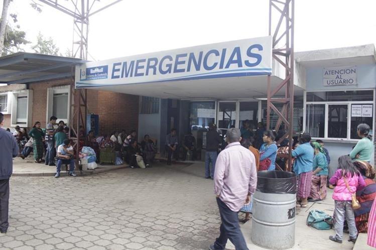 Emergencia del HRO en la cabecera de Quetzaltenango. (Foto Prensa Libre: María José Longo)