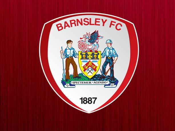 El Barnsley dio a conocer en un comunicado oficial el despido de su técnico por estar involucrado en actos de corrupción dentro del futbol inglés. (Foto Prensa Libre: Barnsley)