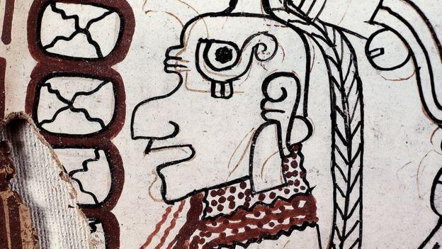 Del documento original se rescataron 10 páginas que la investigación apunta a que datan del siglo XIII. MICHAEL COE