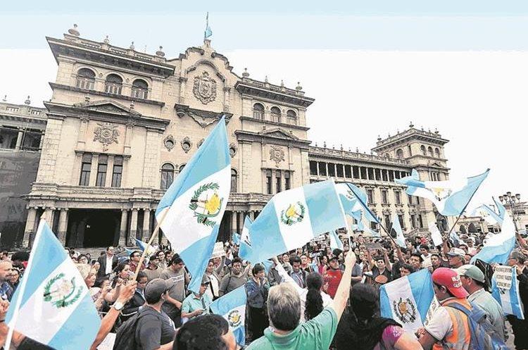 Decenas de personas manifestarán en contra de las decisiones el presiente Jimmy Morales de no renovar el mandato de la Cicig. (Hemeroteca PL)