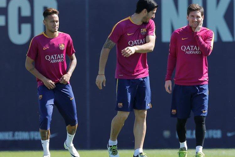 El Barcelona se quedó sin Champions League a mitad de semana y ahora luchará por La Liga. (Foto Prensa Libre: AP)