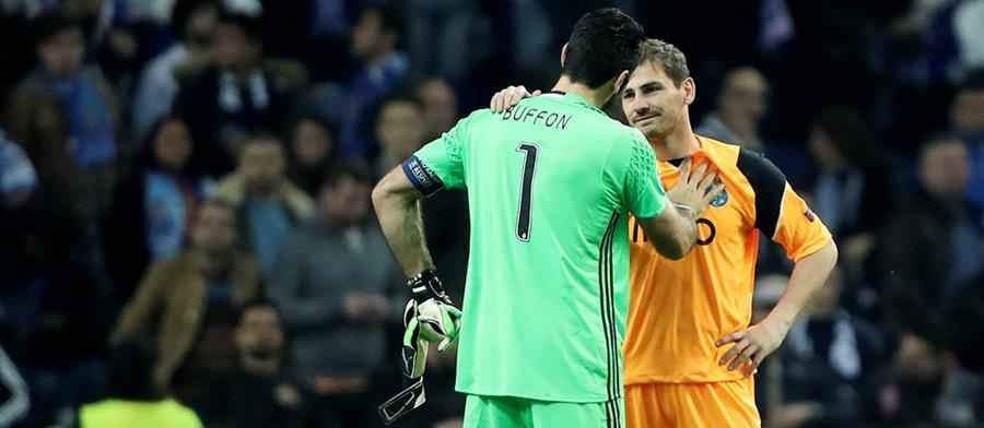 Gianluigi Buffon e Iker Casillas se admiran mutuamente. (Foto prensa Libre: Porto FC)