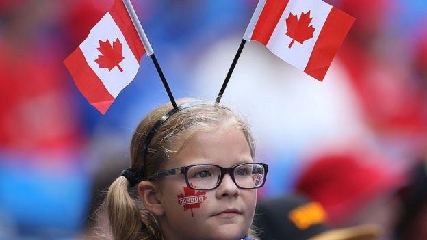 """La """"amabilidad"""" de los canadienses es una de las características que suelen destacar los extranjeros que visitan el país. GETTY IMAGES"""
