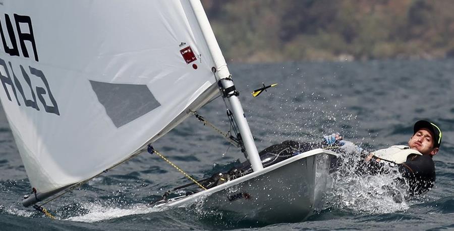 El velerista nacional Juan Maegli, se prepara para los Juegos Panamericanos de Toronto 2015.