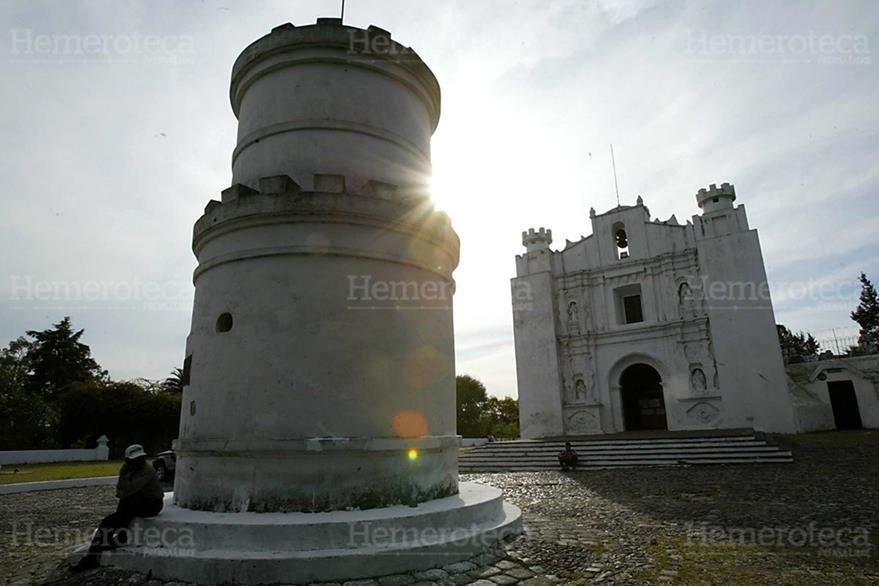 Torreón ubicado al frente del templo del Carmen. (Foto: Hemeroteca PL)
