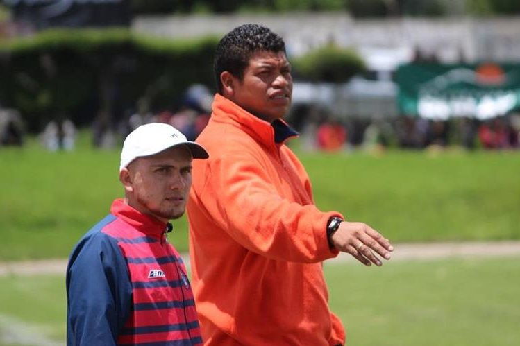 Julián Cano acompañará a Bala Gómez en el cuerpo técnico. (Foto Prensa Libre: Raúl Juárez)