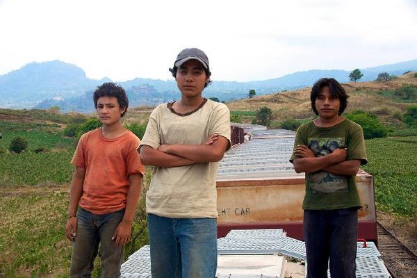 filme protagonizado por guatemaltecos   aborda la situación de los migrantes en México.