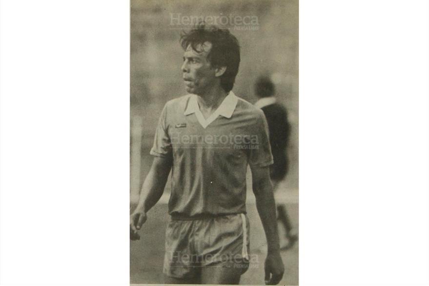 Alejandro Ortiz Obregon habló sobre el partido contra el Hamburgo donde la selección perdió uno por cero, 30/01/1989. (Foto: Hemeroteca PL)