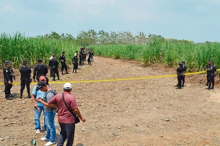 El cuerpo del agente Marvin Juárez Carreto apareció con cuatro heridas de bala y calcinado en Retalhuleu. (Foto Prensa Libre: Hemeroteca PL)