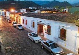 Antigua Guatemala es afectada por el bullicio que causan los bares y discotecas, lo que quita la tranquilidad a vecinos y turistas.