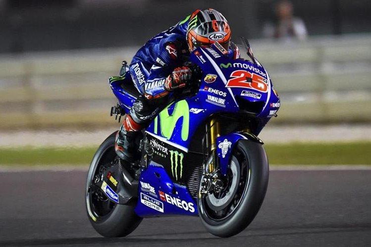 Maverick Viñales se ha ganado con esfuerzo ser uno de los favoritos en la nueva temporada de MotoGP. (Foto Prensa Libre: EFE)
