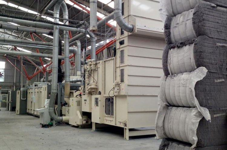 La fábrica de colchones se localiza en las mismas instalaciones que la planta central de Megapaca Carretera a Palín. (Foto Prensa Libre: Cortesía)