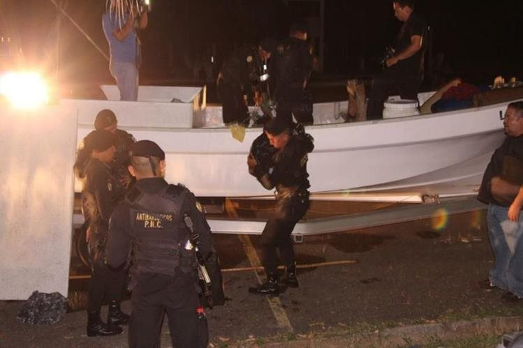 (Imagen de referencia) En marzo pasado, las autoridades interceptaron dos lanchas tiburoneras con 180 kilos de cocaína. (Foto Prensa Libre: Hemeroteca PL)