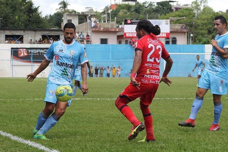 Sanarate y Malacateco empataron en el arranque de la jornada 14 del Apertura 2017 (Fotro Prensa Libre: Hugo Oliva)