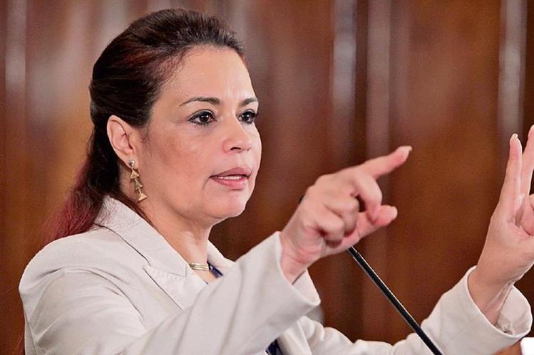 A la ex vicepresidenta Roxana Baldetti le fueron inmovilizadas varias cuentas bancarias y embargadas 11 de sus propiedades por el caso de la estructura dedicada a la defraudación aduanera, denominada La Línea.