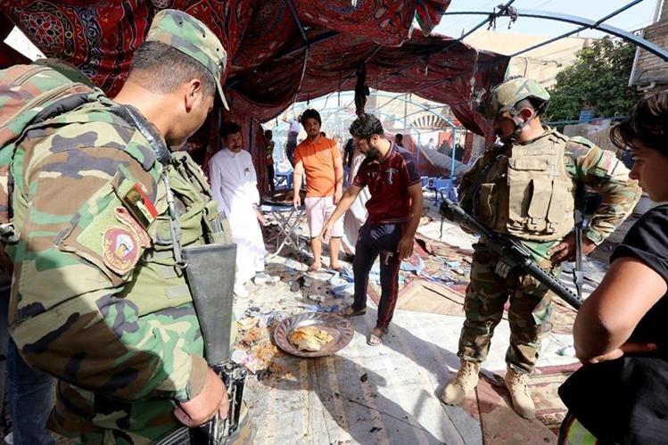 Ataque suicida en Bagdad, Irak, deja al menos 33 muertos. (Foto Prensa Libre: AFP)