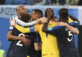 La selección de Francia superó 1-0 a Bélgica con gol de Samuel Umtiti.