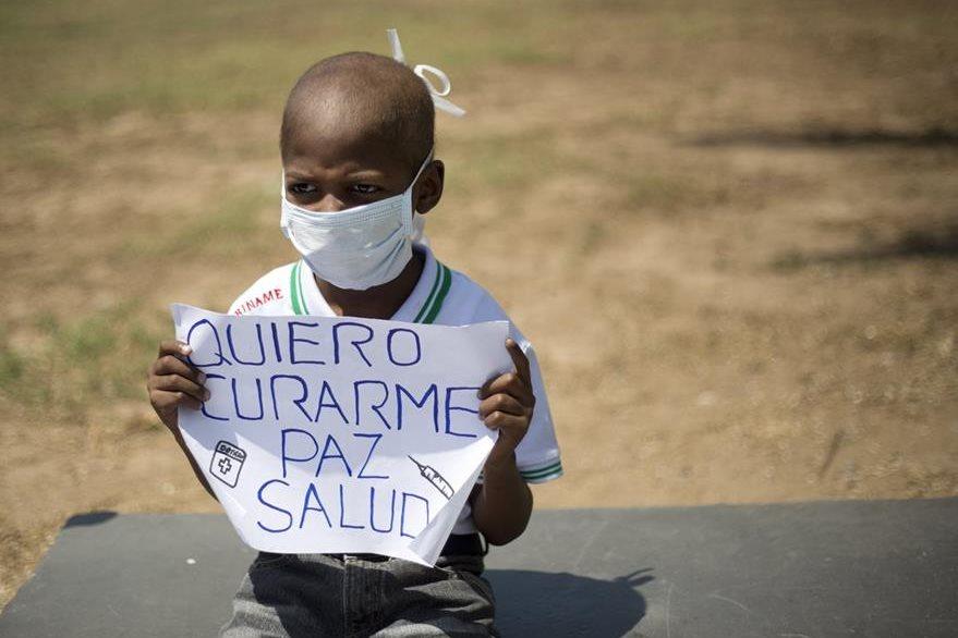La imagen de este niño venezolano ha conmovido a la comunidad internacional. (Foto Prensa Libre: AP).