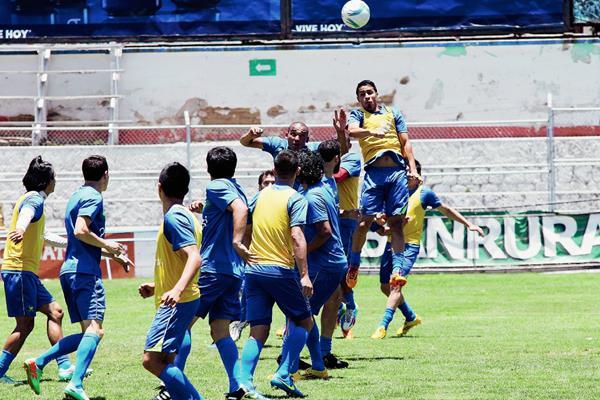 Los jugadores de Xelajú MC, se entrenaron ayer en su estadio, con miras a obtener un buen resultado.