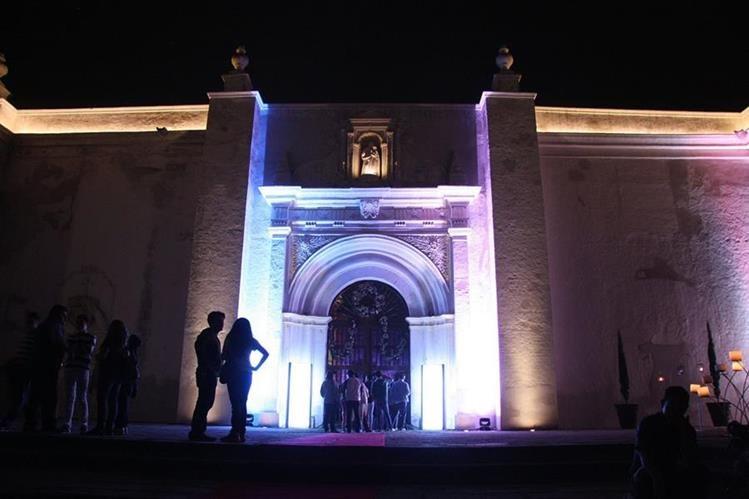 Proyecto de restauración de la Catedral de Antigua Guatemala podría tardar tres años. (Foto Prensa Libre: Renato Melgar)