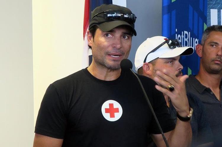 El cantante Chayanne se sumó para ayudar a los damnificados por el huracán María en Puerto Rico. (Foto Prensa Libre: EFE)