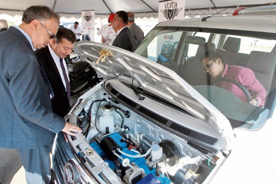En lugar      del  motor tradicional, el Volta Energy utiliza  un motor de  inducción  eléctrica.