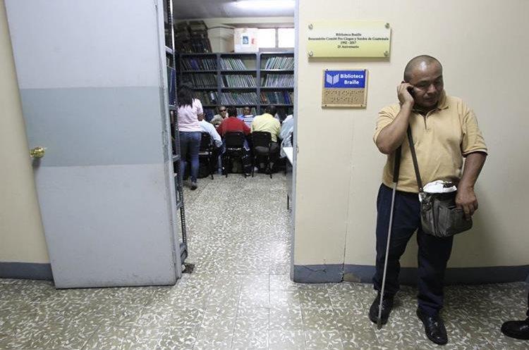 La Biblioteca Braille fue fundada hace 25 años por el Benemérito Comité Pro Ciegos y Sordos de Guatemala, en la Biblioteca Nacional, zona 1.(Foto Prensa Libre: Carlos Hernández)