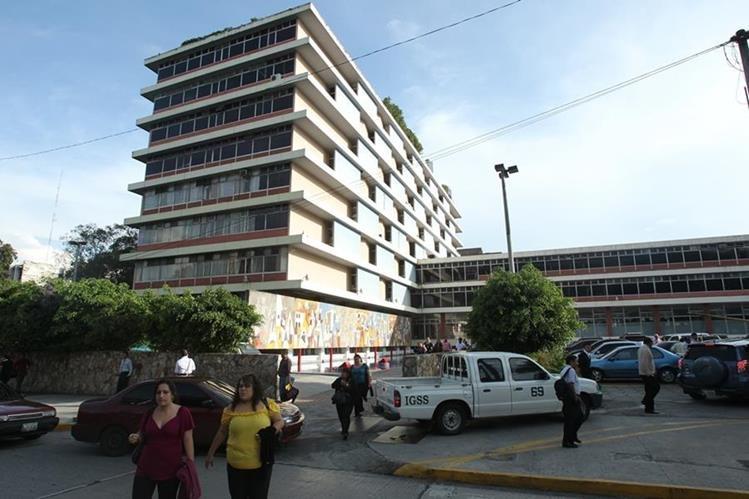 La directiva del IGSS modificó el reglamento de pensiones por vejéz, invalidéz y sobrevivencia para trabajadores del IGSS. (Foto, Prensa Libre: Hemeroteca PL)