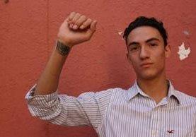Luis tenía 16 años cuando intentó quitarse la vida. Ahora sueña con retomar sus estudios.