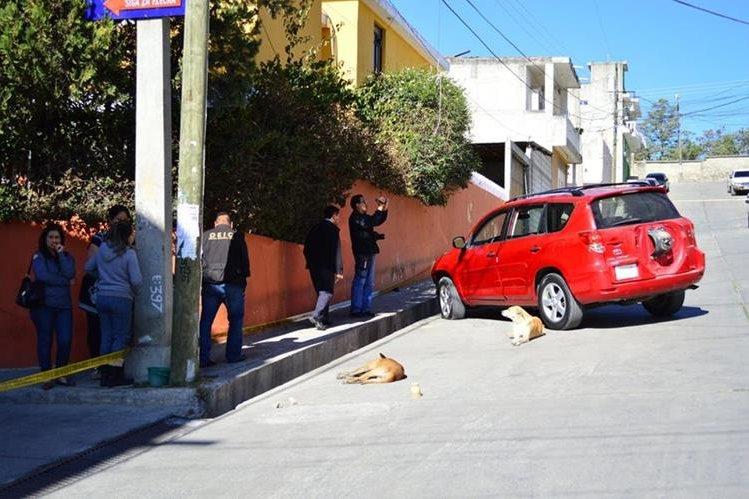 Kelvin Alexander López Ordóñez fue atacado cuando regresaba del colegio, había ido a dejar a sus hijos. (Foto Prensa Libre: Mike Castillo)