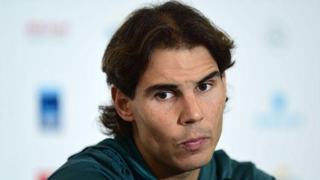 Rafael Nadal tuvo que retirarse del torneo de Wimbledon 2016 por lesión.