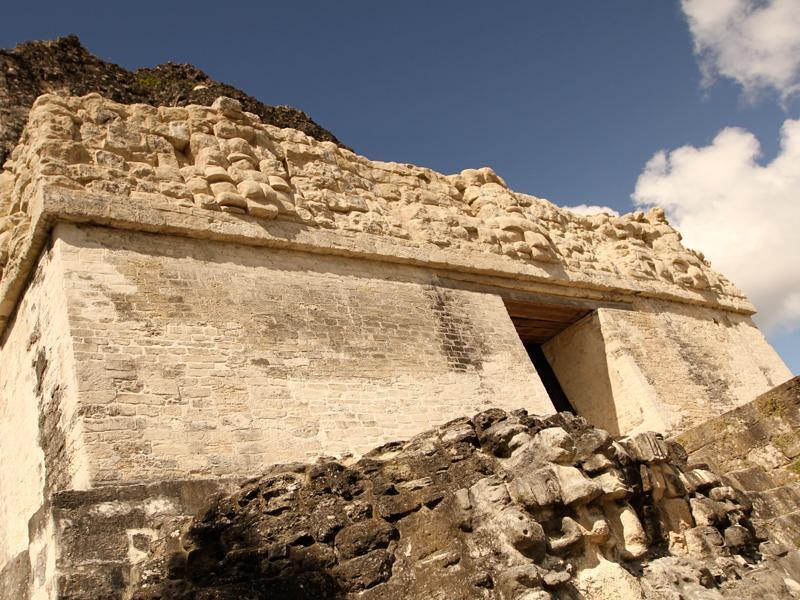 Las máscaras del Templo II. (Foto Prensa Libre: Ministerio de Cultura)