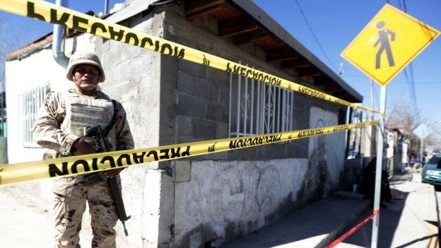 El milagro juarense hizo que la ciudad se sacudiera la marca de la crueldad pero el estigma del horror vivido permanece. AFP