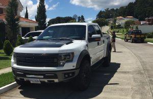 Un vehículo que fue incautado durante los 17 allanamientos (Foto Prensa Libre: MP)