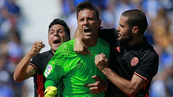 Alves superó contra el Leganés el récord que tenía Andoni Zubizarreta. (Getty)