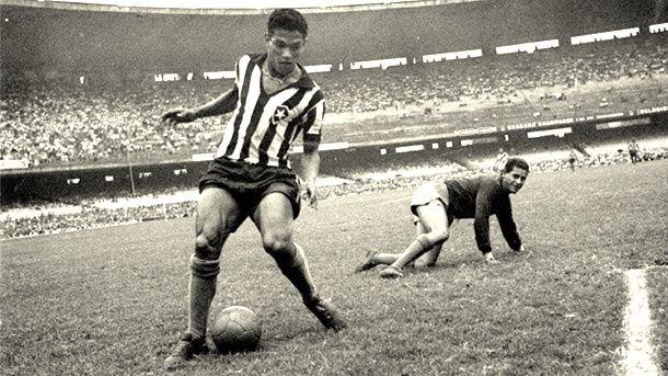 Mané Garrincha en su etapa como jugador fue considerado uno de los mejores del mundo. (Foto Prensa Libre: Hemeroteca)