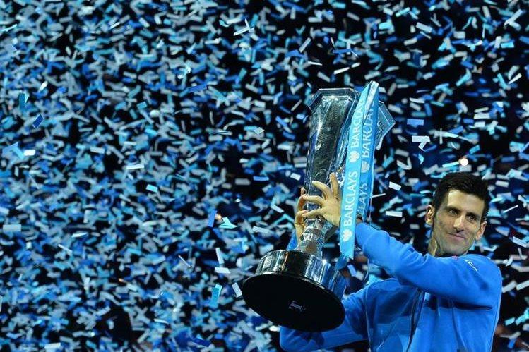 El serbio Novak Djokovic no encontró rival en el 2015 y se mantiene como el número uno del ranquin ATP. (Foto Prensa Libre: AFP).