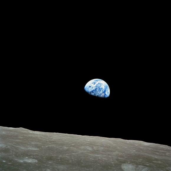 Fotografía de la Tierra tomada por los astronautas que tripularon la Apolo 8. (Foto: NASA).