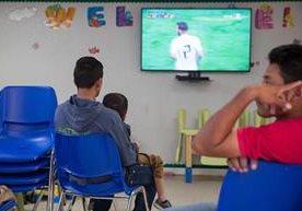 Centroamericanos indocumentados se encuentran en un asilo en Texas