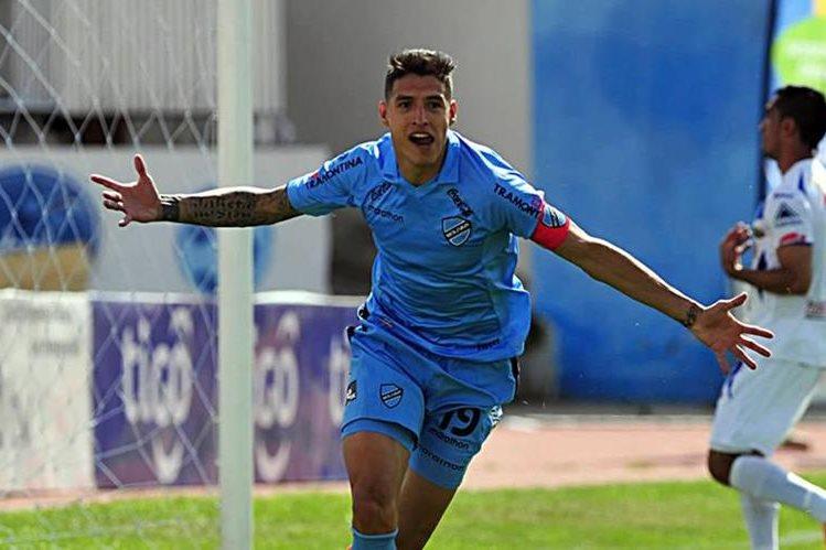 Nelson Cabrera puede ser denunciado ante la Fifa. (Foto Prensa Libre: Hemeroteca PL)
