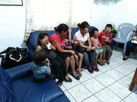 Los menores rescatados son resguardados por la Procuraduría General de la Nación. (Foto Prensa Libre: PNC)