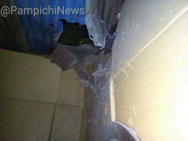 La granada cayó en el techo de lámina y al explotar lo destruyó. (Foto Prensa Libre: Hemeroteca PL)