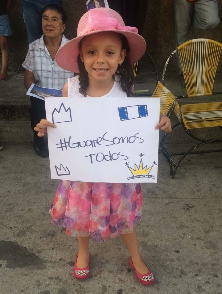 La actividad se ha identificado con el hashtag #GuateSomosTodos. (Foto Prensa Libre: Cortesía Jennifer Lara)