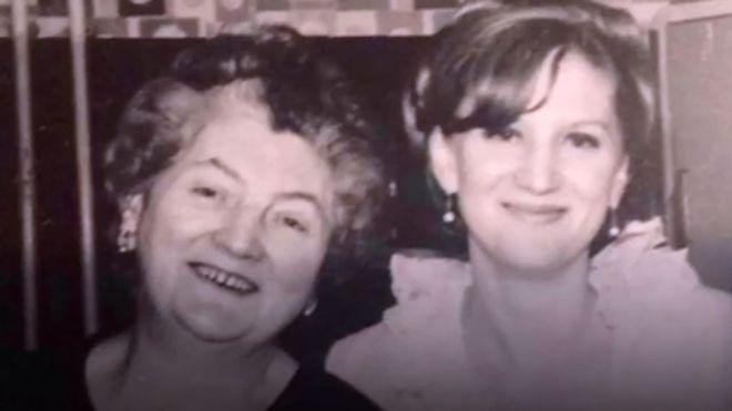 Sue Westhead tiene 68 años, pero su riñón -que le fue donado por su madre- va a cumplir 101 años. SUE WESTHEAD