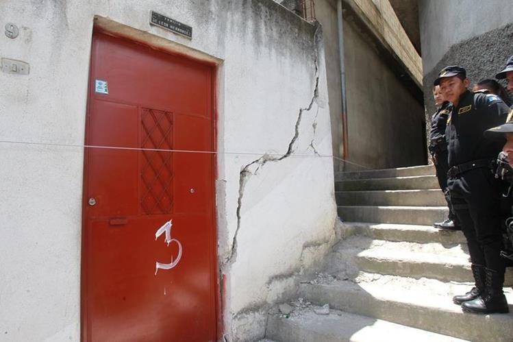 Varias viviendas del asentamiento Jesús de la Buena Esperanza, zona 6, fueron dañadas en su infraestructura. (Foto Prensa Libre: Hemeroteca)<br />